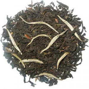 Chine Royal, thé noir fumé avec fleurs de jasmin et pointes blanches